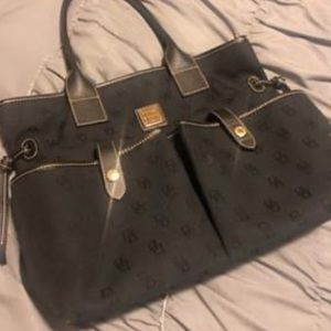 Navy blue Dooney & Bourke women's purse